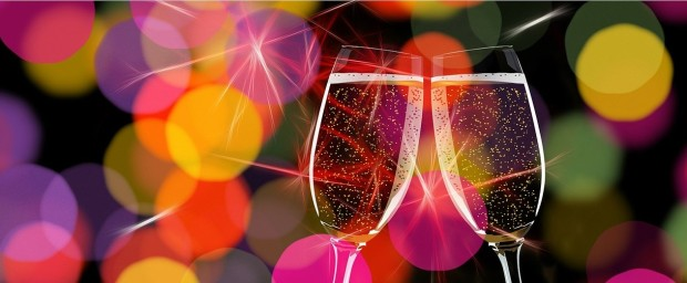 champagne-glasses-162801_1280